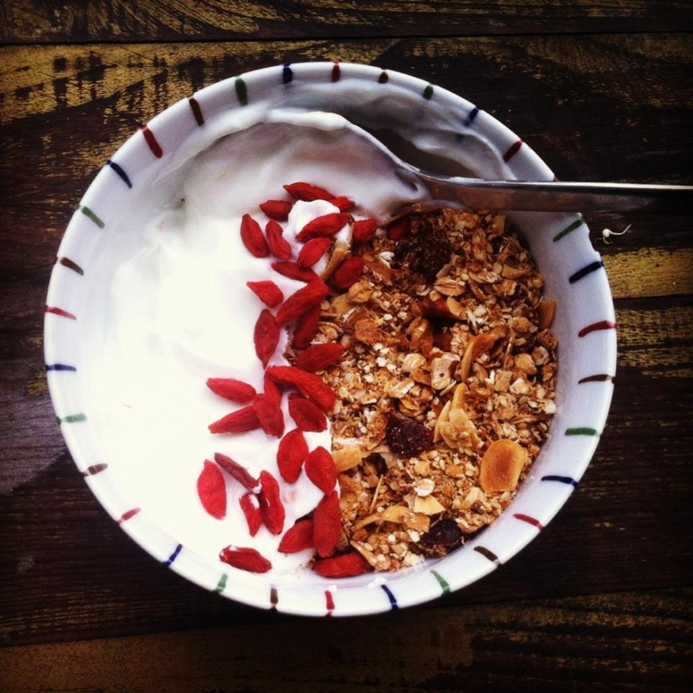 Overheerlijke spelt & quinoa-muesli (best breakfast ever)
